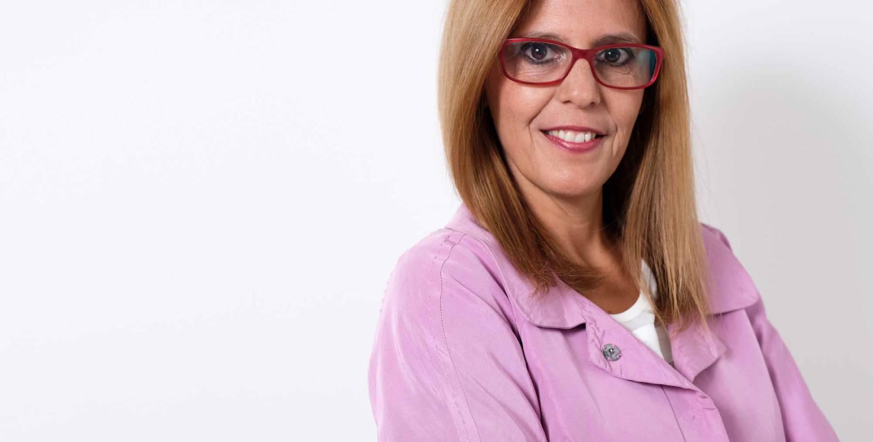 Eu sou a Teresa Rosalino e a minha missão e paixão focam-se no desenvolvimento do potencial humano.